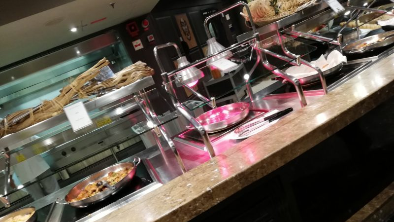 MSCスプレンディダのビュッフェレストラン